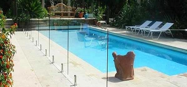 Barriere piscine en verre sans poteau v300